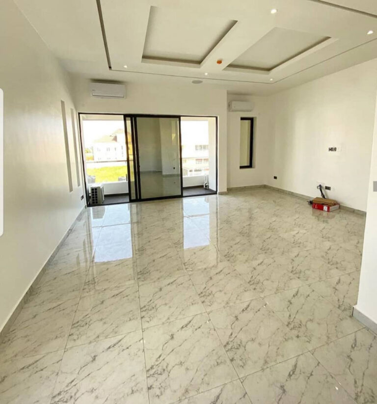5-bedroom-duplex-pinnock-9